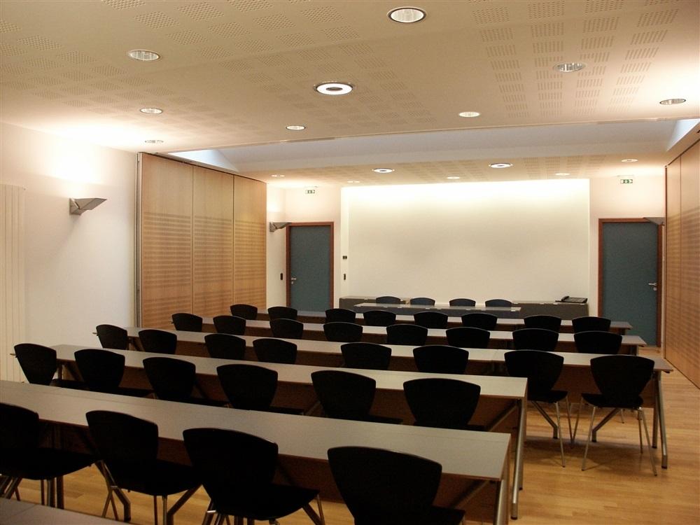 Salle de réunion 50 places