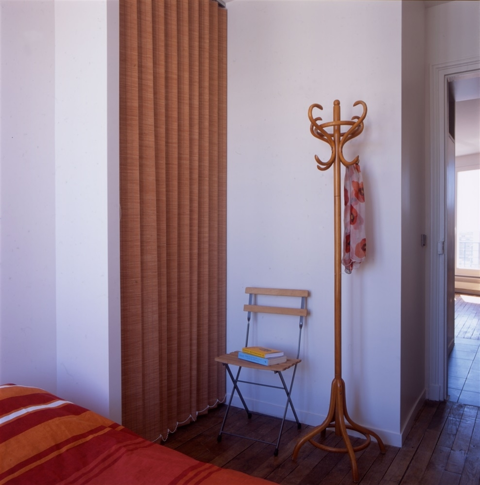 chambre, strore californien devant dressing© photo, Antonio Duarte